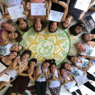 December 2018 group graduating at La Casa Shambala
